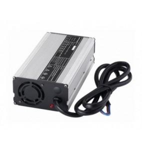 Chargeur de Batterie Etanche 14.6 V au Lithium pour batterie Li-Ion 12 V